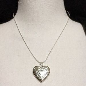 Jewelry - Heart Locket (.925) (NWOT)